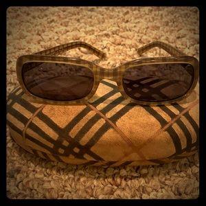 Burberry Nova Check Vintage sunglasses